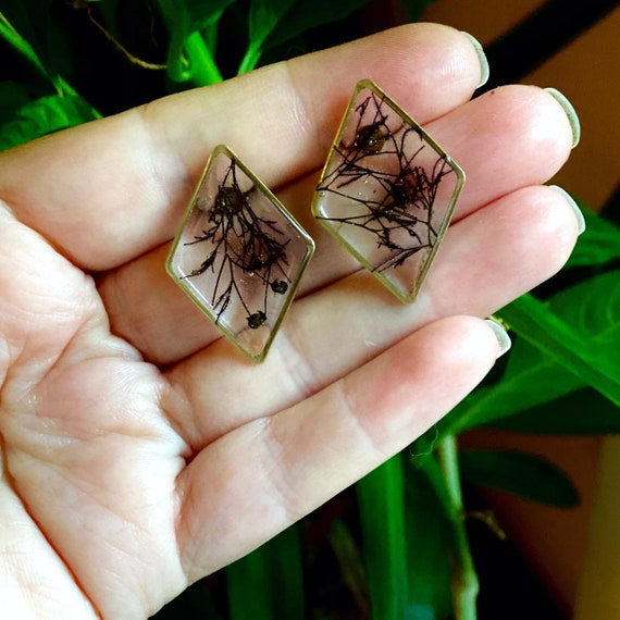 Smokebush flower diamond post earrings