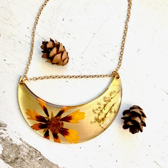 coreopsis and Japanese knotweed crescent necklace
