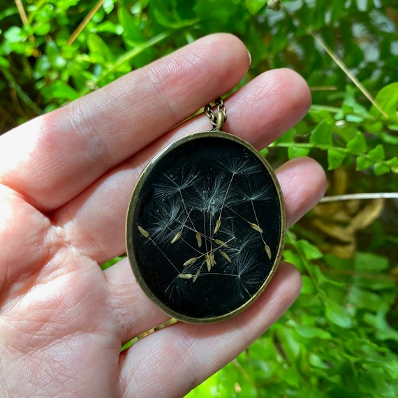 Antique bronze chunky dandelion seed necklace