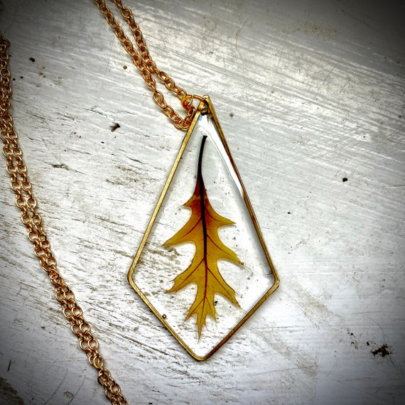 Oak leaf resin necklace