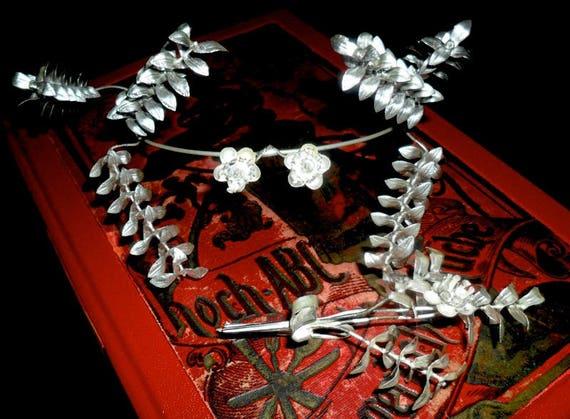Elegant Vintage German Myrtle Wedding Crown with P