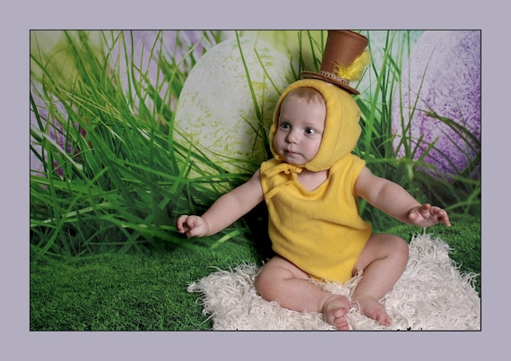 Baby Girl chick romper,Baby girl chick romper set,Easter baby prop,chick baby outfit,Easter photography prop,East bonnet,Handmade in the uk.