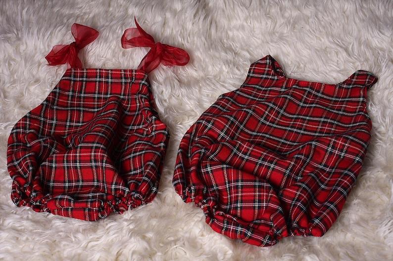 Red,Tartan Twin baby girl /& boy sleeveless rompers,Great for cake smash,Xmas,Newborn shoots,Small check,Short Legs,Sleeveless,Handmade in UK