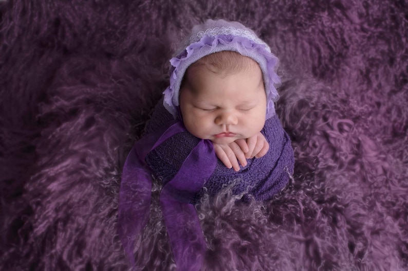 RTS Newborn Baby girl,Long Sleeved,Low Backed,none see through,Romper /& Bonnet Set,With contrasting lace trim at the back and round the face