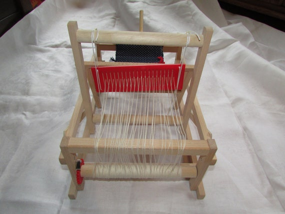 Wondrous Brio Table Top Weaving Loom Wood Portable Collapsible Theyellowbook Wood Chair Design Ideas Theyellowbookinfo