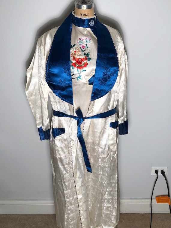 Vintage 50's Korea Embroidered Pajamas Pajama Set