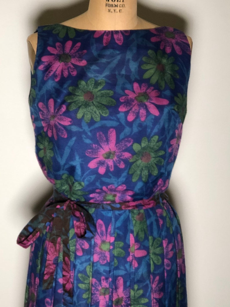 Vintage 50\u2019s Home Made Floral Button Back Zip Mrs Maisel Midi Sleeveless Dress
