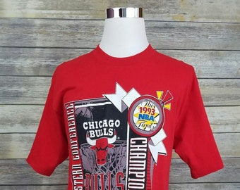 a0751123b Chicago Bulls Vintage 90s Champions Deadstock NBA Finals Red Shirt
