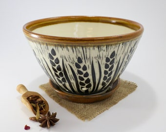 Hand-Carved Porcelain Stoneware Wheat Berry Bowl