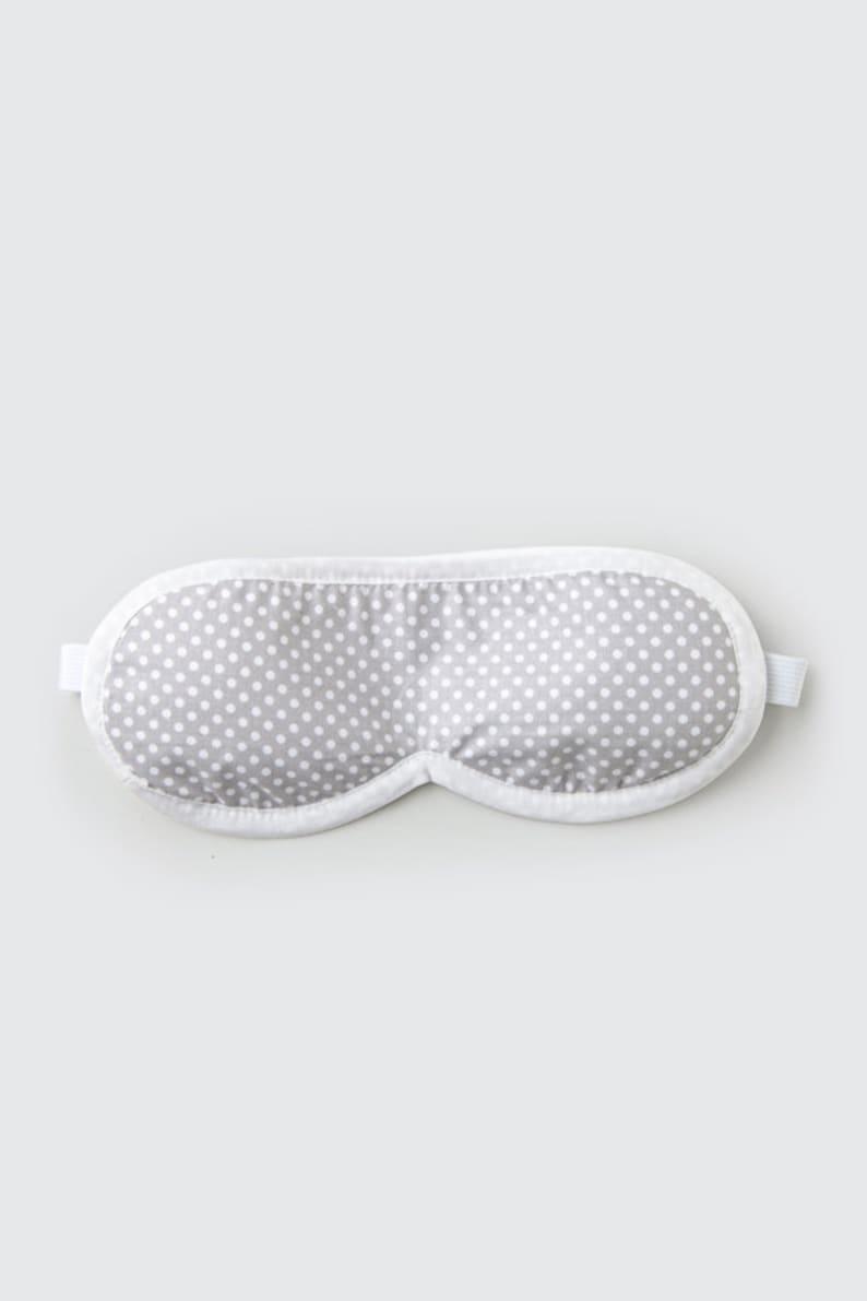 Sleeping eye mask in GREY DOTS
