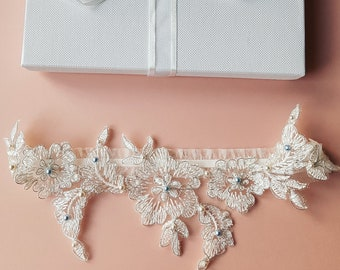 7944a93f5b8 Vintage Glamour Inspired Wedding Garters   by ClementineDivineLuxe