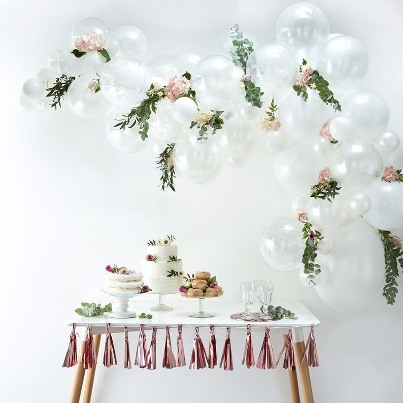 White Balloons White Balloon Garland Kit White Baby Shower Balloons Baby Shower Hen Party Balloons Birthday Balloons Party Backdrop