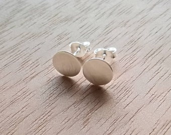 Simple casual round earrings