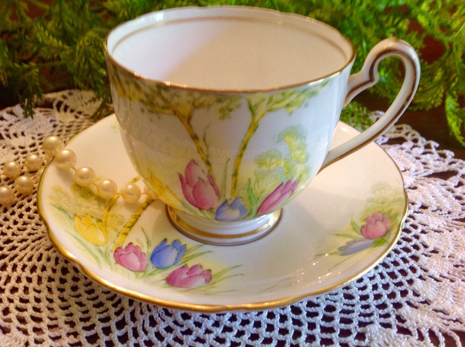 Dating royal worcester bone china