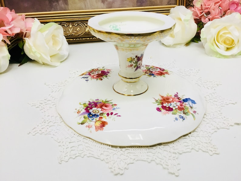 Hammersley artist signed cake standcompote circa 1940/'s.