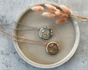 Personalized medallion necklace with letters, birthstones, alphabet necklace 30 mm