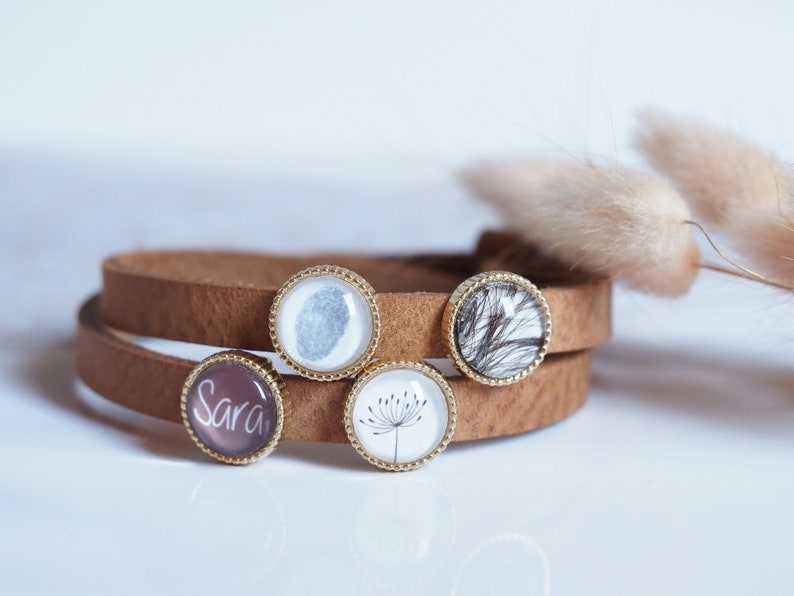 Personalized leather bracelet with desired name  Photo pearl image 0
