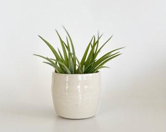 Mini Bowl, Tiny Bowl, Mini Salt Pot, Trinket Bowl, Mini Ceramic Bowl, Tiny Ceramic Bowl, Pill Holder, Pill Pot, Pottery Small Container