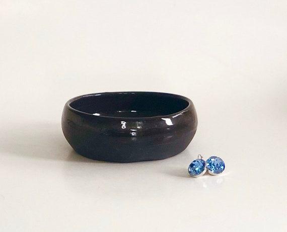 Gold Trinket Bowl Oval Trinket Bowl Handmade Gift Black Trinket Bowl Black and Gold Trinket Bowl Jewelry Holder Ring Dish