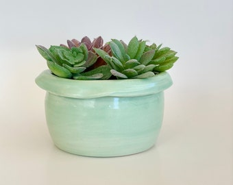 Small Planter Pot, Green Planter, Mini Planter, Cactus Pot, Cactus Planter, Succulent Pot, Pot with Drainage, Birthday Gift, Christmas Gift