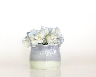 Ceramic Bud Vase, Flower Bud Vase, Mini Bud Vase, Bud Vase, Mini Vase, Mini Vase, Cute Flower Vase, Miniature Vase, Small Bud Vase