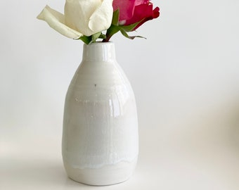Porcelain Bud Vase, Porcelain Vase, Small Vase, Pottery Vase, Off White Vase, Bud Vase, Porcelain Flower Vase, Flower Vase, Ceramic Vase