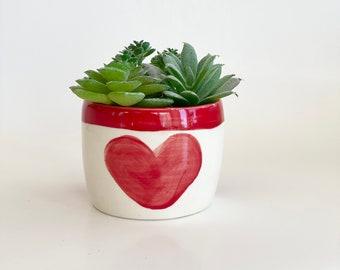 Heart Planter Pot, Valentine's Day Gift, Girlfriend Gift, Red Planter, Love You Gift , Succulent Planter, Small Planter Pot, Mini Pot, Pot