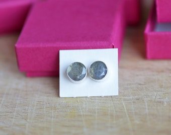 925 Sterling silver stud earrings with 8 mm faceted Labradorite gemstones