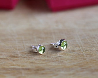 925 Sterling silver stud earrings with natural Peridot gemstones