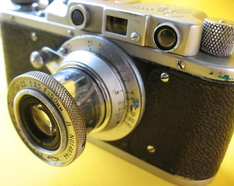 CAMERA ZORKI with Lens Industar- 22 1:3,5 F=50 Russian Leica Copy vintage Soviet Made in USSR