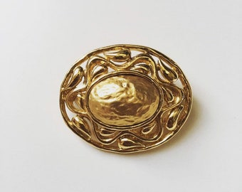4835b733004 Vintage 1980s signed YSL Yves Saint Laurent gold tone brooch pin