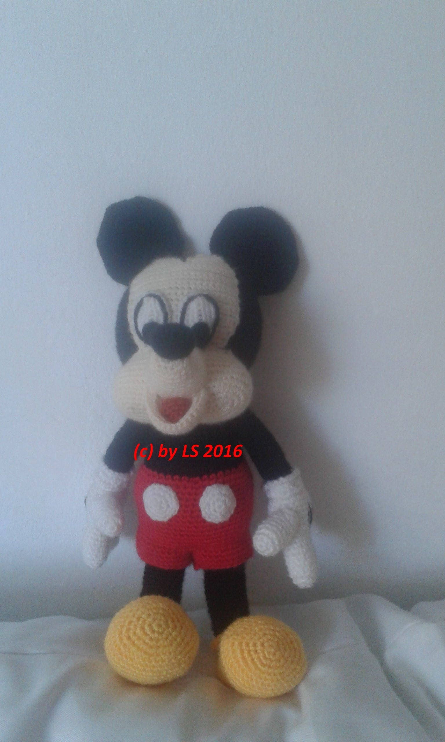 Dorable Mickey Maus Baby Häkelmuster Gallery - Decke Stricken Muster ...