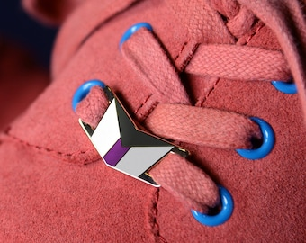 The Demisexual Shoelace Locks