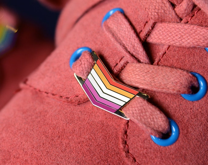 The Community Lesbian Shoelace Locks