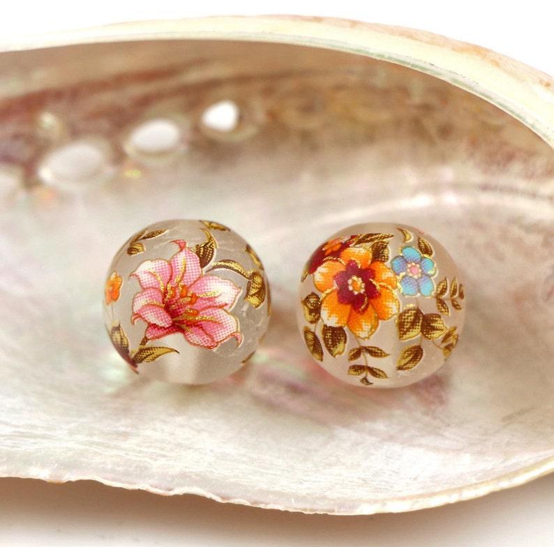 """12 mm-M /""""Blue Roses On Black/"""" Nouvelle tensha-Perles du Japon DE FLEURS /& OR"""