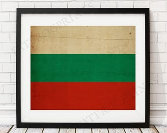 Bulgaria Flag Print, Bulgaria Flag Art, Bulgarian Flag, Bulgaria Gifts, Flag Poster, Housewarming Gift, Vintage Flag Wall Art, Flag Painting
