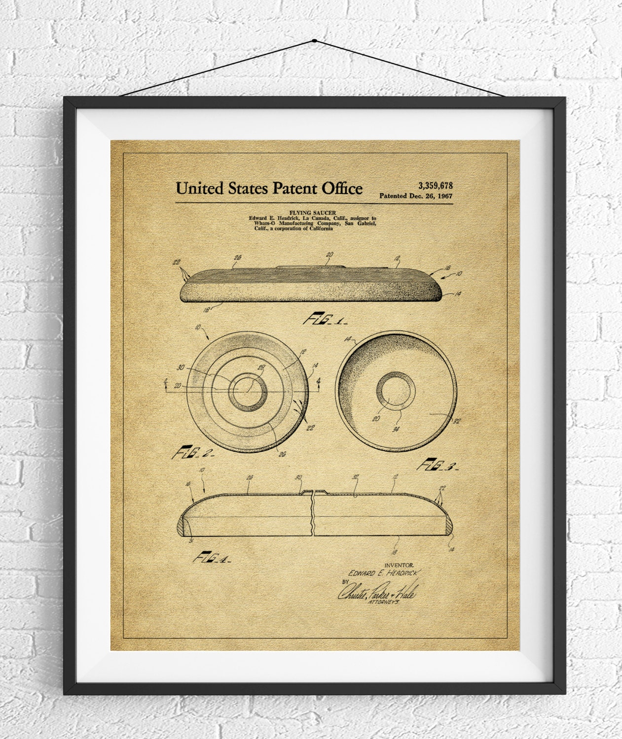 Frisbee Patent Print, Flying Disc Patent, Game Room Art, Game Art ...