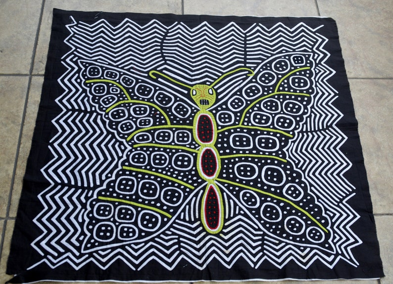 BUTTERFLY Super LARGE  MOLA  Handmade by Guna Indian Panama Textile Art 003