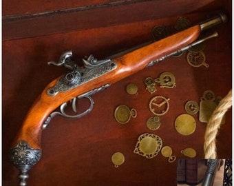 Bloodborne Sea of Thieves Gun Prop Flintlock Blunderbuss Pirate Pistol Wood Metal Replica Cosplay Present Gift for Gamers