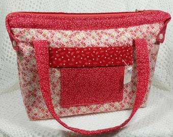 Red White Quilted Purse, Quilted Purse, Quilted Handbag, Red White Homemade Quilted Purse, Cotton Fabric Handbag, Butterfly Purse Pull