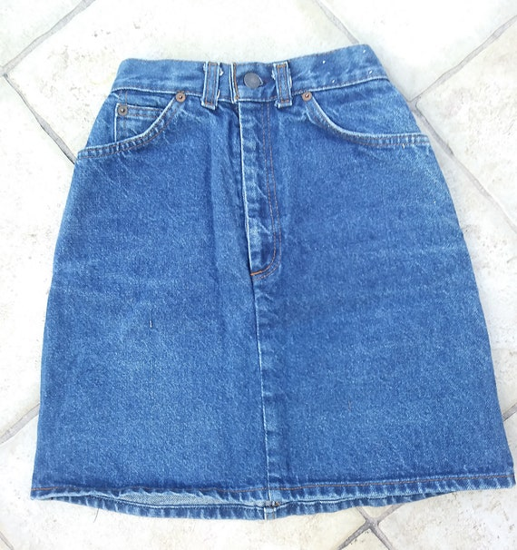 XS Vintage 80s Levi's Denim Mini Skirt, Size 3 Vin