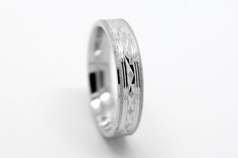 5mm 925 Sterling Silver Wedding band Filigree silver ring image 0