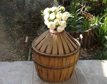 French vintage sandstone pot Sarreguemines 19th Antique beige fa\u00efence pot party in a village