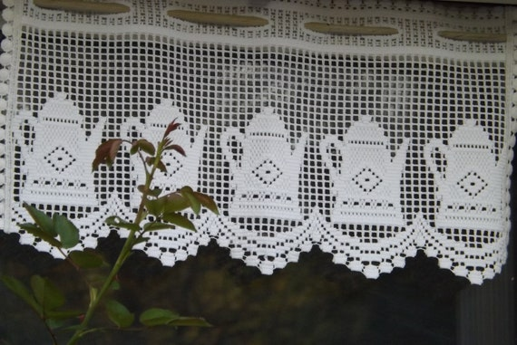 b1e0357a4d04 Vintage two charming macrame scallop edged lace curtains with   Etsy