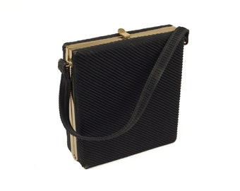 LaDora 50s Black Gold Clasp Textured Square Handbag