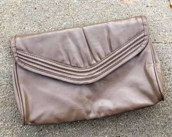 80s Taupe Clutch