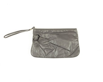 80s Gray Faux Leather Wristlet Clutch Handbag