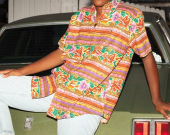 90s Bright Hawaiian Print Button-Up Skirt