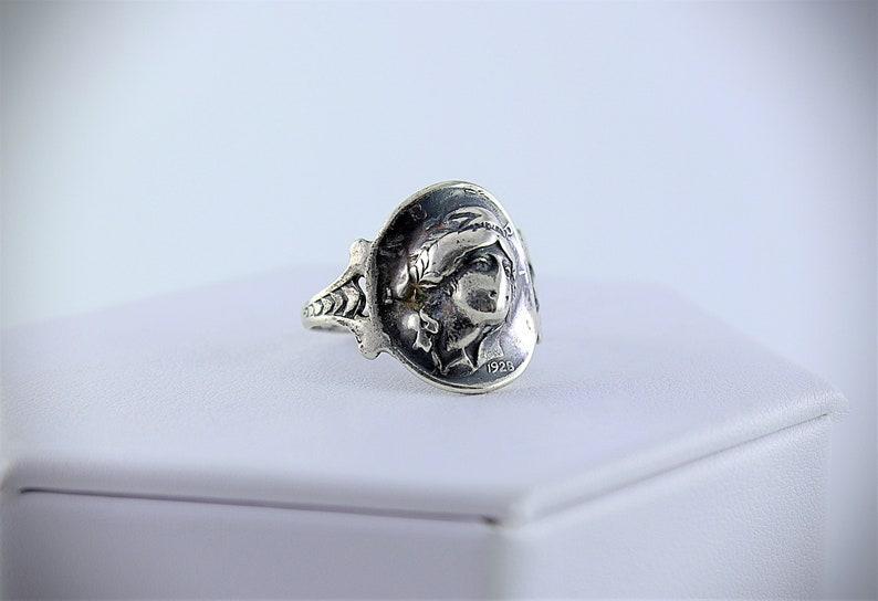 Art Nouveau Silver Repousse Barber Dime Coin Ring 1928