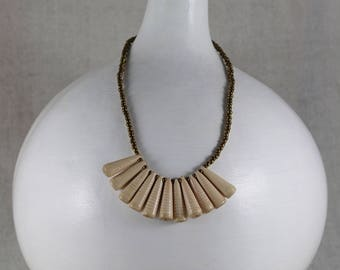 Paper Necklace - 'Jacquie' sunburst-style in soft pink with gold